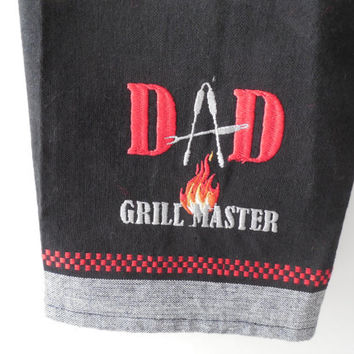 Red and Black Towel Topper - Dad Grill Master - Hanging Towel - Grill Towel - Dad Gift - Handmade - Crochet - Ready to Ship
