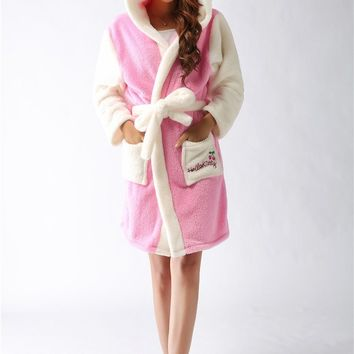 2016 Sleepwear Hello kitty Thickening Animal Onesuit Men&Women's Coral Fleece Robe Flannel Bathrobe  Family Lovers Home Wear
