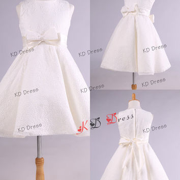 On Special!!! Elegant Ivory Lace Flower Girl Dress Toddler Birthday Party Dress with Sash/Bow