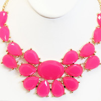 Fuchsia Ariel Necklace Set
