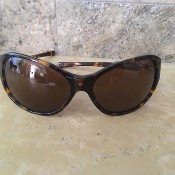 Tagre OAKLEY ABANDON WOMEN'S SUNGLASSES- tortoise with brown lenses
