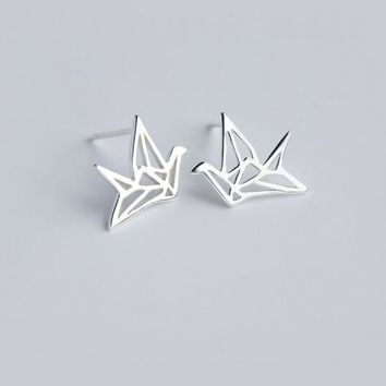 Genuine 925 Sterling Silver jewelry Open hOLLOW paper crane shape stud earrings charms Bird GTLE354