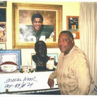 Willie Wood Autographed Picture Exclusive to Leader in Sports - Green Bay Packers
