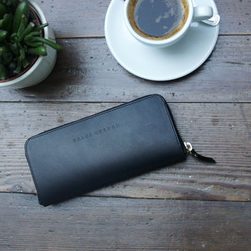 Daisy Black Leather zip around Wallet
