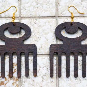 Earring wood: Adinkra Duafe, lasercut birch plywood, stain coated, african, symbol for 'Beauty and Cleanliness, Feminine Qualities'