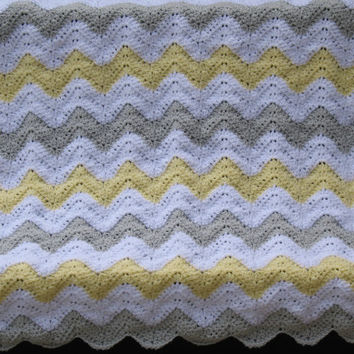 Yellow, Gray, White Chevron Baby Blanket, Chevron Nursery Theme, Baby Shower Gift, Crib or Carseat Blanket, Ready to Ship