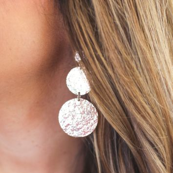 Chic Hammered Disk Earrings