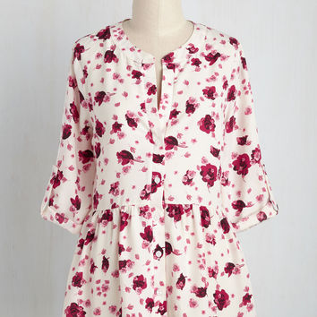 Creative Career Conference Top in Fuchsia Flora | Mod Retro Vintage Short Sleeve Shirts | ModCloth.com
