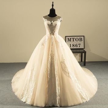 New Design Ball Gown Lace Wedding Dresses Luxury Beaded Backless Sexy Vintage Wedding Gowns