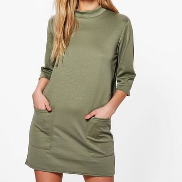 Flo Oversized Pocket Front Box Shift Dress | Boohoo