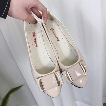 New Women's Fashion Flats Slippers Lady Ballerina Patent Leather Casual Shoes