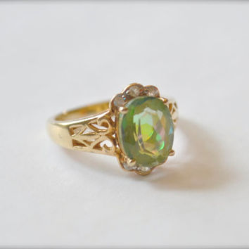 Vintage Period Ring, Vintage Ring, Peridot Ring, Size 6 Ring, Gemstone Ring, Birthstone Ring, 1980s Ring, Sterling Silver Ring, Gold Ring