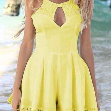 Yellow Patchwork Lace Hollow-out Backless Round Neck Midi Dress