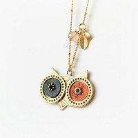 Wise Owl Necklace in gold