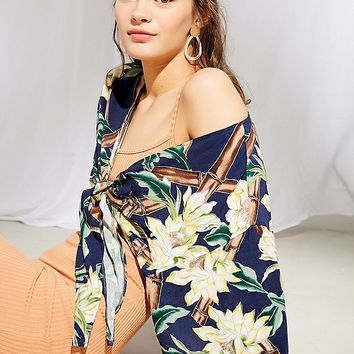 Urban Renewal Remade Hawaiian Tie-Front Top | Urban Outfitters