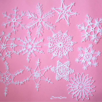 White crochet snowflakes, lace snowflakes, Christmas decoration, tree Christmas lacy snowflakes, rustic ornament ornaments, Set of 12 (C47)
