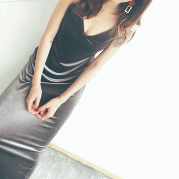 Fashion Retro Velvet V-Neck Sleeveless Hem Split Strap Maxi Dress