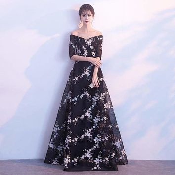 Elegant Black Backless Floral Draped Lace  Formal Floor Length Evening Dress