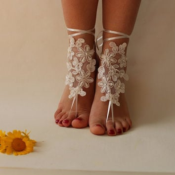 İvory Lace Beach Wedding Barefoot Sandals,Lace Shoes,Bridal Lace Barefoot Sandals,Summer Wedding,Wedding Shoes