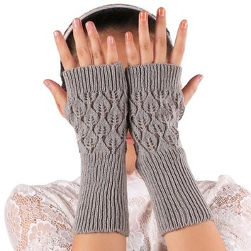 Winter Female Hand Arm Crochet Knitted Mittens Fingerless Gloves Women Knitted Wrist Glove half Finger Gloves feminina New
