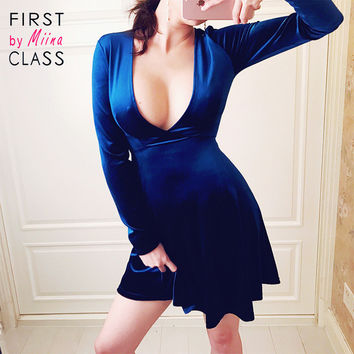 REAL PHOTO Velvet Skater Dress Deep V neck Long Sleeve Plunge Fit and Flare Blue Velour Sexy Club Party robe New Summer 2017