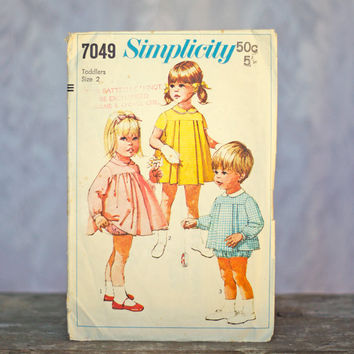 Vintage Smock & Panties Sewing Pattern Simplicity 7049 1960's Toddlers Dress, Top and Panties Girls or Boys Peter Pan Collar, Front Pleats