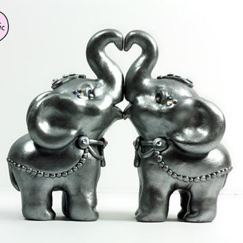 gold elephant wedding cake topper gold elephant wedding cake toppers from republicofcute 14752