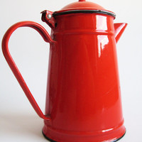 Vintage enamel tea pot- Red tea pot- Vintage enamel kettle- Red enamel kettle- Cottage decor- Farmhouse decor