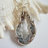 Druzy Jewelry, Wire Wrapped Pendant, Black and White Agate, Handmade Necklace, elainesgems, 238061