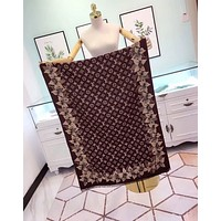 LV Louis Vuitton Popular Woman Cape Scarf Scarves Accessories