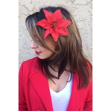 Red Poinsettia Clip #F1010