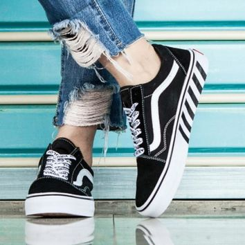 Off-White x Vans Stripe classic black and white casual shoes