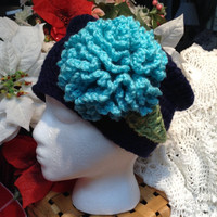 I       A Classic From The 1920-30's Navy and Turquoise Snazzy Little Head Cover !