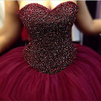 Ball Gown Burgundy Sweetheart Neckline Strapless Tulle Prom Dress With Beaded Bodice For Pregnant Women