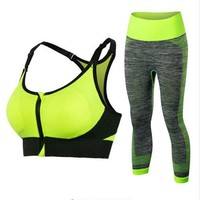 Breathable Yoga Set with Quick Dry Feature