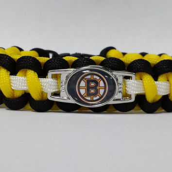 Boston Bruins Bracelet, Boston Bruins Jewelry, Hockey Bracelet, NHL Paracord Bracelet, Hockey Jewelry Custom Bracelet. 26 Colors