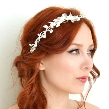 Dainty white flower crown, bridal headband, whimsical wedding crown, floral crown
