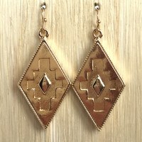 Tinted Sunrise Aztec Earrings In Gold