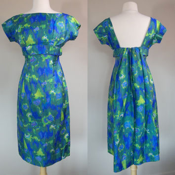 Stunning 1950's watercolor dress w blue green yellow floral deep plunging back long ruffled train big bust bow wiggle dress small size 6