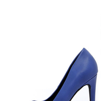 Glide and Stride Ocean Blue Pointed Pumps