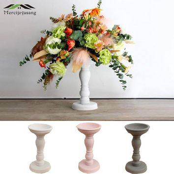 European Candle Holders and Table Candlestick Wood Retro Candle Holder Ornament for Dinner Decoration Candelabra GZT033