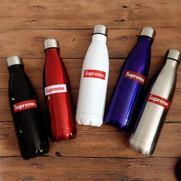 street fashion supreme Insulated Mug