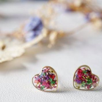 Real Pressed Flowers and Resin Heart Stud Earrings in Purple Pink Green Mix