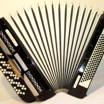 Accordion Instrument Musical Instrument 5 Rows Firotti Eroica 120 bass. Beautiful Button Accordion German BAYAN. 280