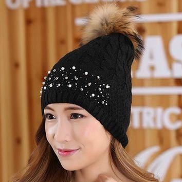Women Winter Hat Rivets Pearl Decoration Wool Knitted Beanies Cap Real Raccoon Fur Pompom Hats Ski Gorros Cap Female Causal Hats