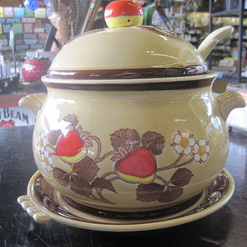 Vintage Mid-Century Gumbo Pot or Stew Pot  or Soup Crock Japan 1970's