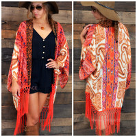 SZ LARGE Gypsy Queen Coral Paisley Print Fringed Kimono