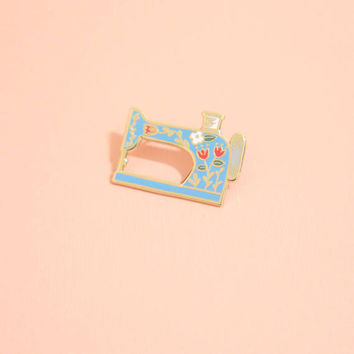 BLUE Vintage-Style Sewing Machine Pin (listing for one only), Hard Enamel, Enamel Pin, Lapel Pin, Pin Badge, Flair, Brooch, Badge, Collar Pi