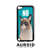 Cactus The Cranky Cat iPod Touch 5 Case Auroid