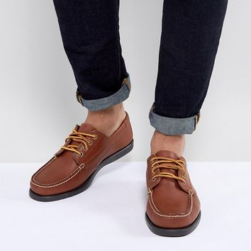 Eastland Falmouth Leather Boat Shoes in Tan at asos.com